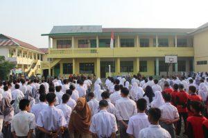 Upacara Memperingati Hari Kesaktian Pancasila di SMK Dharma Bhakti 4 Jambi