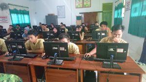 Simulasi UNBK Tahap Pertama Hari Ke-2 SMK Dharma Bhakti 4 Kota Jambi