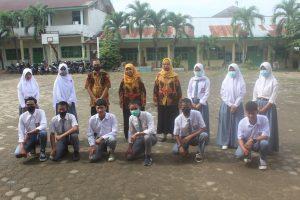 Foto Bersama Pengurus OSIS Lama SMK Dharma Bhakti 4 Jamb