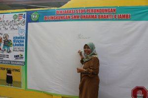 Masa Pengenalan Lingkungan Sekolah (MPLS) dan Deklarasi Anti Bullying (Perundungan) SMKS Dharma Bhakti 4 Jambi